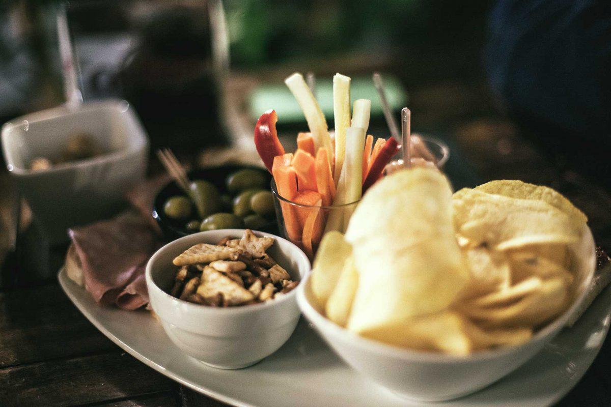 dining at north shore winter club